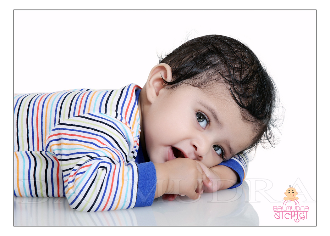 Small Baby Photo Shoot