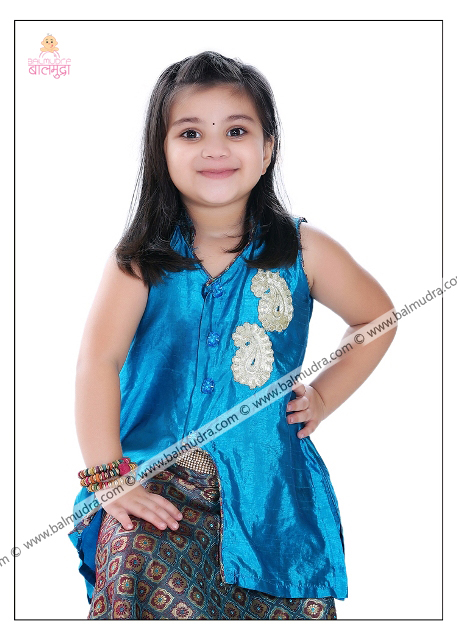 4 Years Indian Cute Girl Professional Portfolio Photo Shoot in Balmudra Studio Pune