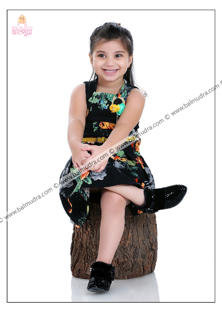 4 Years Old Indian Cute Girl in Black Dress Professional Portfolio Photo Session in Balmudra Studio Pune