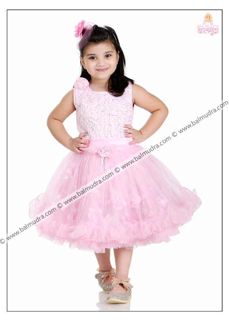 Four Years Cute Girl Professional Portfolio Photo Session in Balmudra Studio Pune