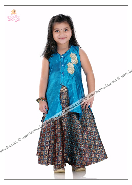 Four Years Cute Girl Professional Portfolio Photo Shoot in Balmudra Studio Pune