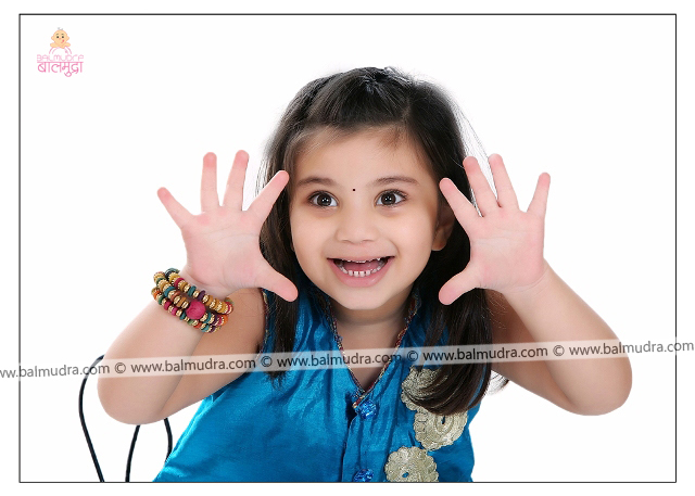 Four Years Indian Cute Girl Professional Portfolio Photo Session in Balmudra Studio Pune