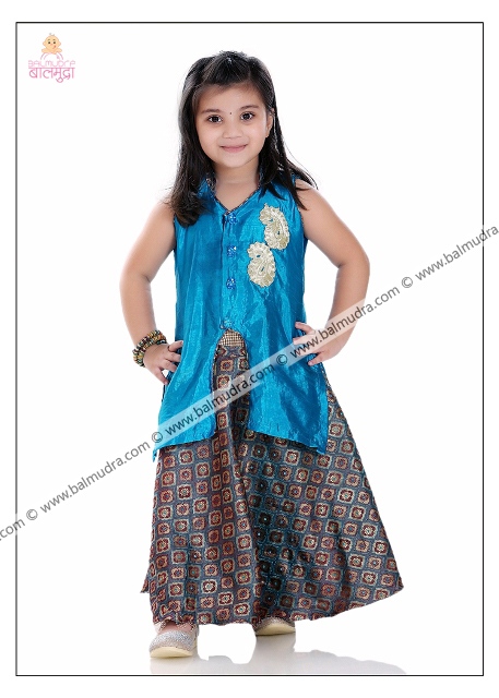 Four Years Indian Cute Girl Professional Portfolio Photo Shoot in Balmudra Studio Pune