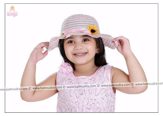 Four Years Old Indian Cute Girl Professional Portfolio Photo Session in Balmudra Studio Pune
