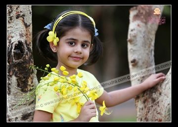Baby Girl Enjoying Outdoor Photo Session , Photo Shoot by Shrikrishna Paranjpe.jpg