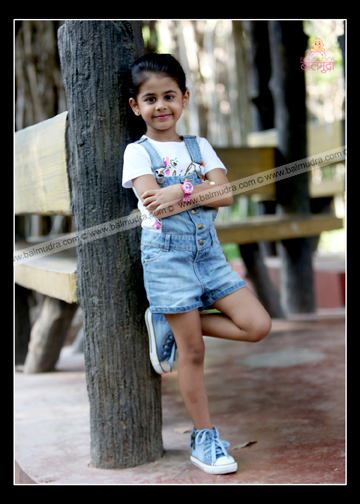 Expression that Speaks , Outdoor Photo Shoot by Balmudra ,Pune.jpg