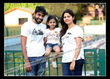 Happy Family ,Outdoor Shoot , Balmudra Studio Pune.jpg