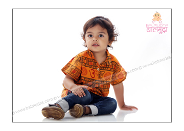 2 years old cute baby boy portfolio shoot in balmudra studio pune
